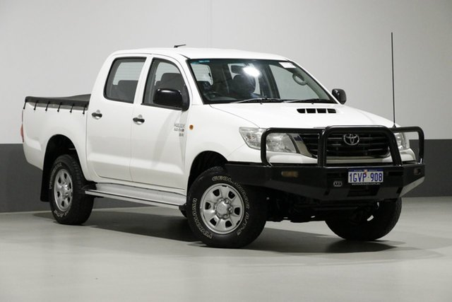 Used Toyota Hilux KUN26R MY12 SR (4x4), 2013 Toyota Hilux KUN26R MY12 SR (4x4) White 5 Speed Manual Dual Cab Pick-up