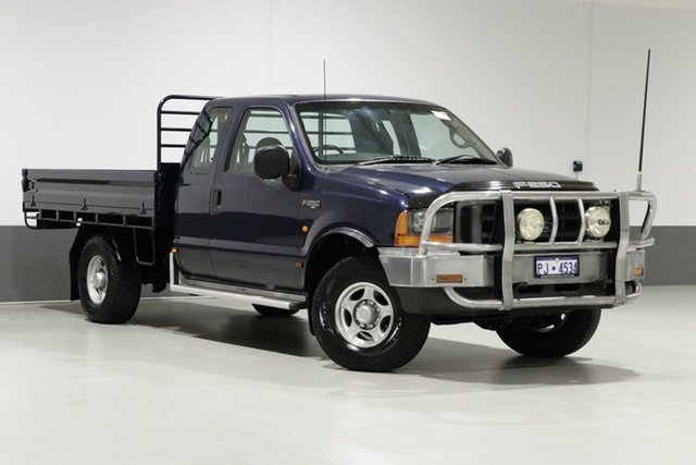 Used Ford F250 RM XL, 2002 Ford F250 RM XL Blue 5 Speed Manual Cab Chassis