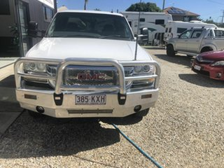 2006 GMC Sierra 2500 HD White 6 Speed Automatic Dual Cab