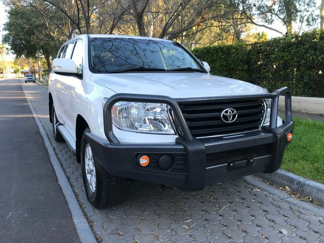 Used Toyota Landcruiser VDJ200R MY13 GXL, 2014 Toyota Landcruiser VDJ200R MY13 GXL White 6 Speed Sports Automatic Wagon