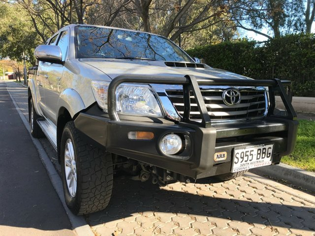 Used Toyota Hilux KUN26R MY14 SR5 Double Cab, 2014 Toyota Hilux KUN26R MY14 SR5 Double Cab Silver 5 Speed Automatic Utility