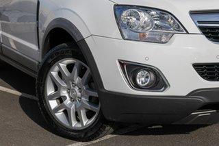 2013 Holden Captiva CG MY14 5 LT White 6 Speed Manual Wagon.