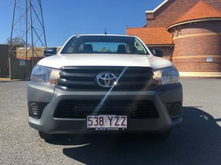 Hilux 4x2 Workmate 2.7L Petrol Manual Single Cab C/C 1Y20150 001