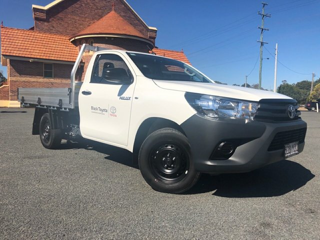 Demo Toyota Hilux TGN121R Workmate 4x2, Hilux 4x2 Workmate 2.7L Petrol Manual Single Cab C/C 1Y20150 001