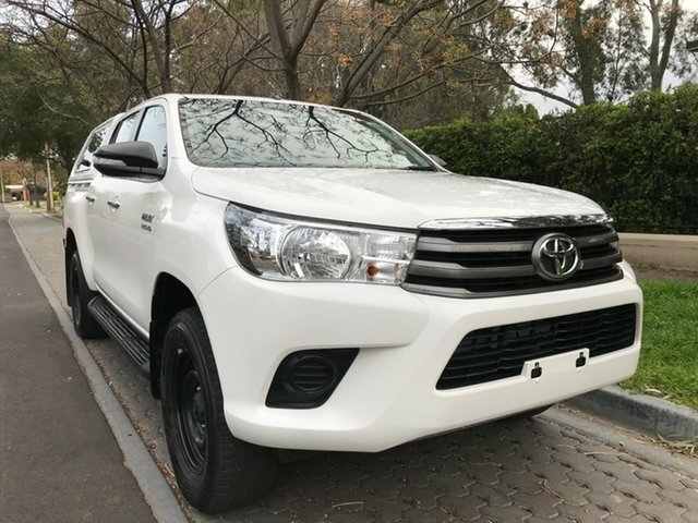 Used Toyota Hilux GUN126R SR Double Cab, 2015 Toyota Hilux GUN126R SR Double Cab White 6 Speed Sports Automatic Cab Chassis