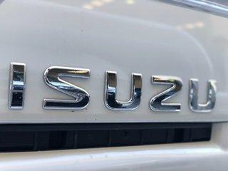 2010 Isuzu NNR NH 200 Short White Cab Chassis 3.0l 4x2