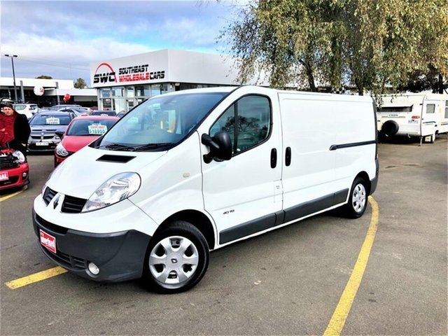 Used Renault Trafic X83 Phase 3 Low Roof LWB Quickshift, 2014 Renault Trafic X83 Phase 3 Low Roof LWB Quickshift White 6 Speed Seq Manual Auto-Clutch Van