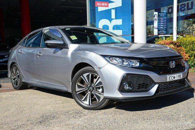Demo Honda Civic 10th Gen MY18 VTi-L, 2018 Honda Civic 10th Gen MY18 VTi-L Lunar Silver 1 Speed Constant Variable Hatchback