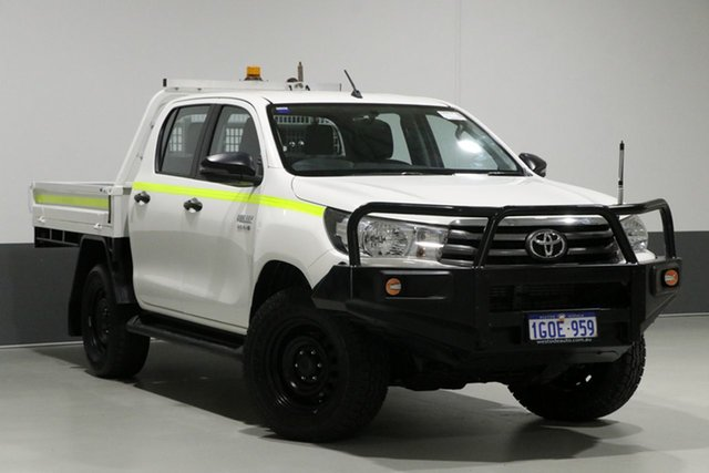 Used Toyota Hilux GUN126R MY17 SR (4x4), 2018 Toyota Hilux GUN126R MY17 SR (4x4) White 6 Speed Automatic Dual Cab Chassis