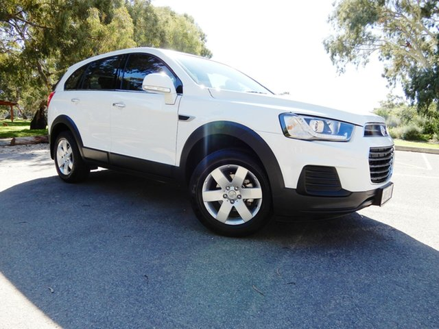 Used Holden Captiva CG MY16 LS 2WD, 2016 Holden Captiva CG MY16 LS 2WD White 6 Speed Sports Automatic Wagon