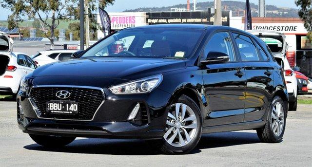 Demo Hyundai i30 PD2 MY18 Active, 2018 Hyundai i30 PD2 MY18 Active Phantom Black 6 Speed Sports Automatic Hatchback
