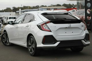 2019 Honda Civic 10th Gen MY19 VTi-LX Platinum White 1 Speed Constant Variable Hatchback.
