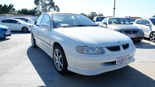 Used Holden Commodore VT II Olympic, 2000 Holden Commodore VT II Olympic White 4 Speed Automatic Sedan