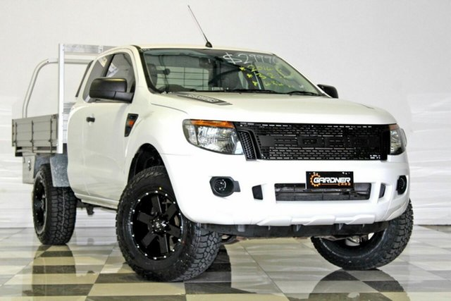 Used Ford Ranger PX XL 3.2 (4x4), 2014 Ford Ranger PX XL 3.2 (4x4) White 6 Speed Manual Super Cab Chassis