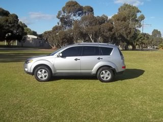 2009 Mitsubishi Outlander ZG MY09 LS Silver 5 Speed Manual Wagon.