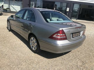 2006 Mercedes-Benz C220 CDI Gold Automatic Sedan.