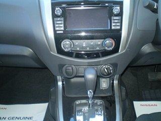 New NAVARA 4X4 2.3 DSL AUTO DC ST