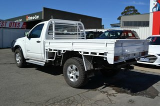 2011 Nissan Navara D40 MY11 RX (4x4) White 6 Speed Manual King Cab Chassis.