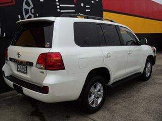 2014 Toyota Landcruiser VDJ200R MY13 VX Crystal White Pearl 6 Speed Sports Automatic Wagon.