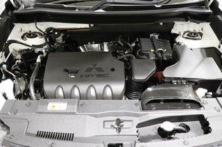 2018 Mitsubishi Outlander ZL MY19 ES 7 Seat (AWD) White Continuous Variable Wagon