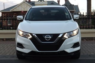 2018 Nissan Qashqai J11 Series 2 ST X-tronic Ivory Pearl 1 Speed Constant Variable Wagon.