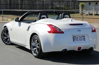 2016 Nissan 370Z Z34 MY15 White 6 Speed Manual Roadster.