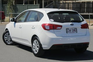 2012 Kia Cerato TD MY12 S White 6 Speed Sports Automatic Hatchback.