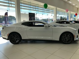 2019 Chevrolet Camaro 1AL37 MY19 ZL1 Summit White 6 Speed Manual Coupe.