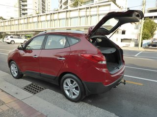 2010 Hyundai ix35 LM Elite (AWD) Dark Red 6 Speed Automatic Wagon