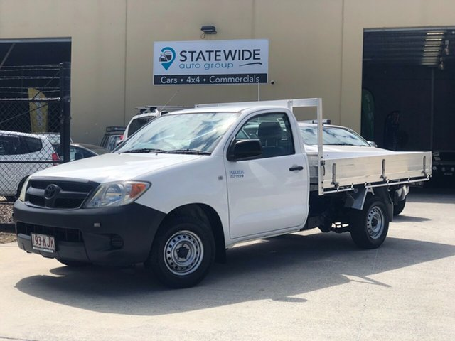 Used Toyota Hilux TGN16R MY07 Workmate 4x2, 2007 Toyota Hilux TGN16R MY07 Workmate 4x2 White 5 Speed Manual Cab Chassis