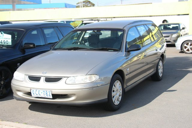 Used Holden Commodore VT II Executive, 2000 Holden Commodore VT II Executive Gold 5 Speed Manual Wagon