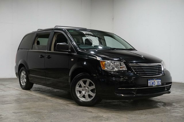 Used Chrysler Grand Voyager RT 5th Gen MY13 LX, 2014 Chrysler Grand Voyager RT 5th Gen MY13 LX Black 6 Speed Automatic Wagon