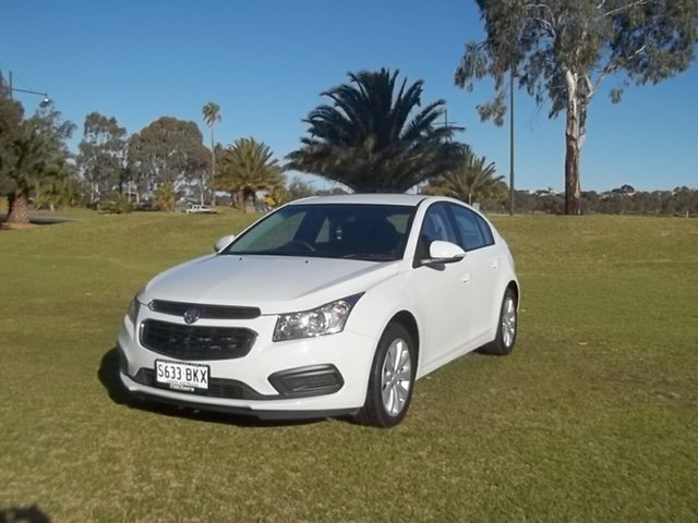 Used Holden Cruze JH Series II MY16 Equipe, 2016 Holden Cruze JH Series II MY16 Equipe 5 Speed Manual Hatchback