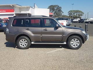 2013 Mitsubishi Pajero NW MY13 GLX-R LWB (4x4) 5 Speed Auto Sports Mode Wagon.
