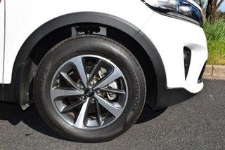 Sorento 2WD SLi 3.5L V6 8Spd Auto 7Seat Wagon.