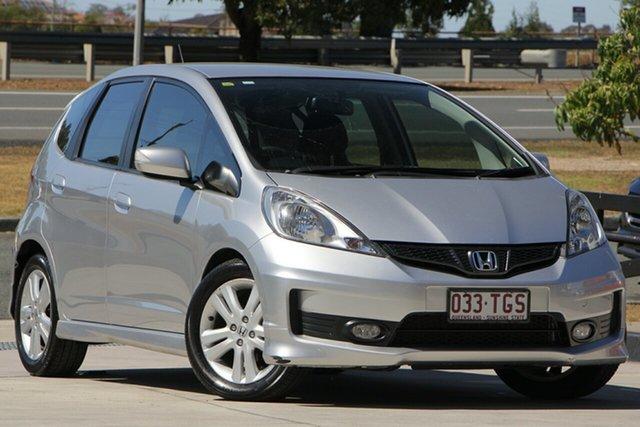 Used Honda Jazz GE MY13 Vibe-S, 2013 Honda Jazz GE MY13 Vibe-S Silver 5 Speed Automatic Hatchback