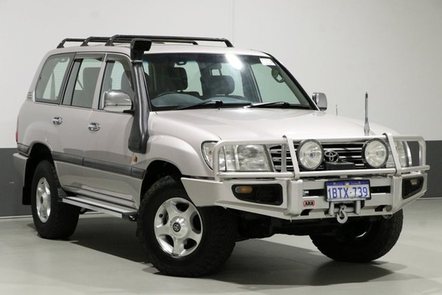 Used Toyota Landcruiser HDJ100R GXL (4x4), 2004 Toyota Landcruiser HDJ100R GXL (4x4) Silver 5 Speed Automatic Wagon