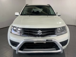 2013 Suzuki Grand Vitara JB MY13 Urban 2WD Navigator White 4 Speed Automatic Wagon.