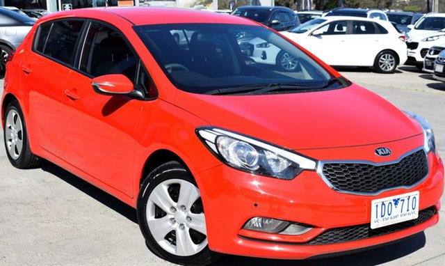 Used Kia Cerato YD MY15 S, 2015 Kia Cerato YD MY15 S Red/Black 6 Speed Manual Hatchback