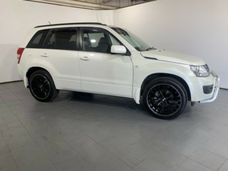 2013 Suzuki Grand Vitara JB MY13 Urban 2WD Navigator White 4 Speed Automatic Wagon