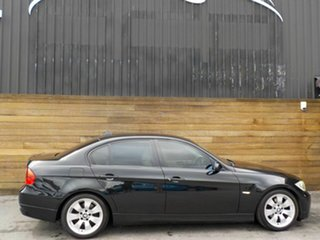 2005 BMW 3 Series E90 320i Executive Black 6 Speed Manual Sedan.