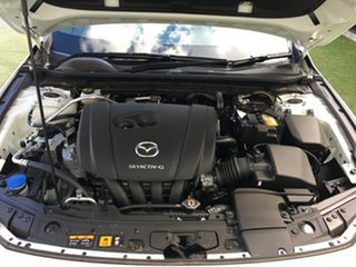 2019 Mazda 3 BP2H7A G20 SKYACTIV-Drive Touring White Pearl 6 Speed Sports Automatic Hatchback