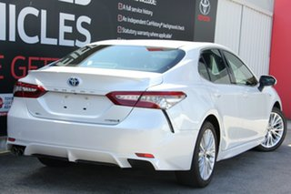 2018 Toyota Camry AXVH71R SL Frosted White 6 Speed Constant Variable Sedan Hybrid.