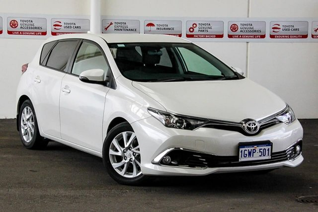 Used Toyota Corolla ZRE182R MY17 Ascent Sport, 2017 Toyota Corolla ZRE182R MY17 Ascent Sport Crystal Pearl 7 Speed CVT Auto Sequential Hatchback