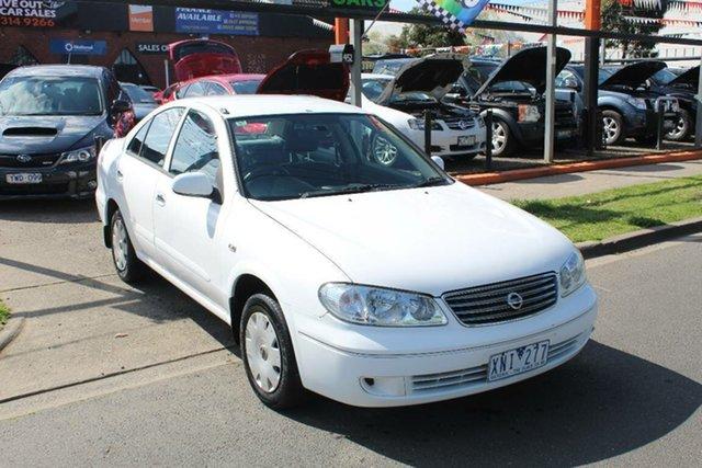 Used Nissan Pulsar N16 MY04 ST, 2005 Nissan Pulsar N16 MY04 ST White 5 Speed Manual Sedan
