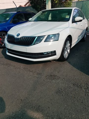 New Skoda Octavia NE MY19 110TSI Sedan DSG, 2019 Skoda Octavia NE MY19 110TSI Sedan DSG White 7 Speed Sports Automatic Dual Clutch Liftback