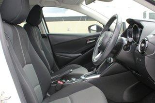 2017 Mazda 2 DJ2HAA Genki SKYACTIV-Drive White 6 Speed Sports Automatic Hatchback