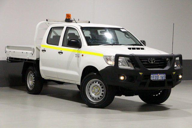 Used Toyota Hilux KUN26R MY14 SR (4x4), 2014 Toyota Hilux KUN26R MY14 SR (4x4) White 5 Speed Automatic Dual Cab Pick-up