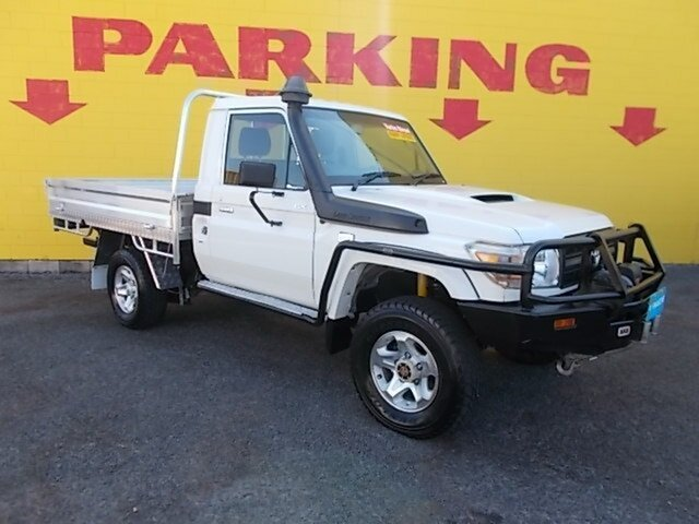 Used Toyota Landcruiser VDJ79R GX, 2014 Toyota Landcruiser VDJ79R GX White 5 Speed Manual Cab Chassis