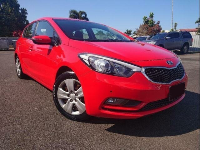 Used Kia Cerato YD MY14 S, 2014 Kia Cerato YD MY14 S Red 6 Speed Automatic Hatchback